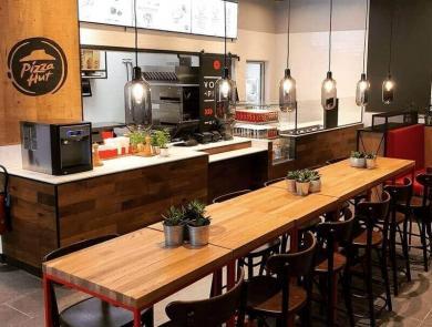 Comptoir caisse du restaurant Pizza Hut à Monge