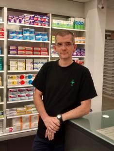 agencement pharmacie-officine- cvs-agencement